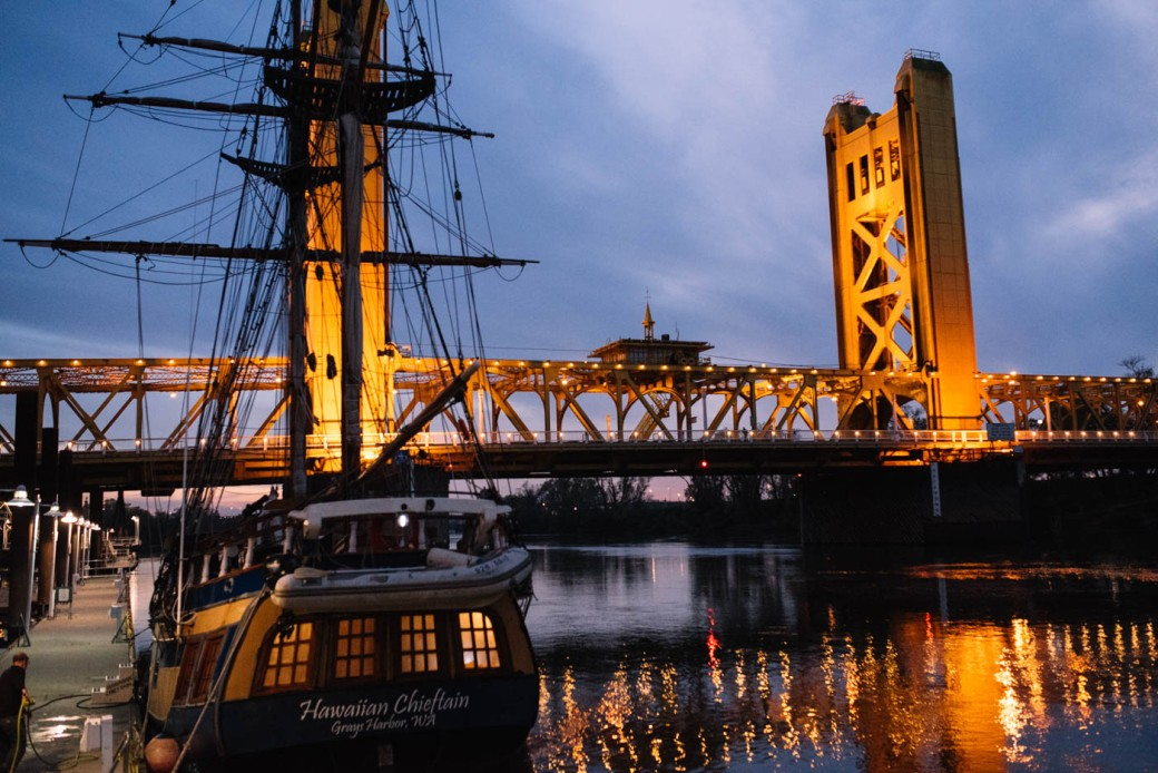 old-sac-tower-bridge-10
